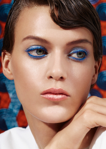 Friseur-Berlin-La-Biosthetique-Make-up-Collection-Spring-Summer-2019-Modern-Blue